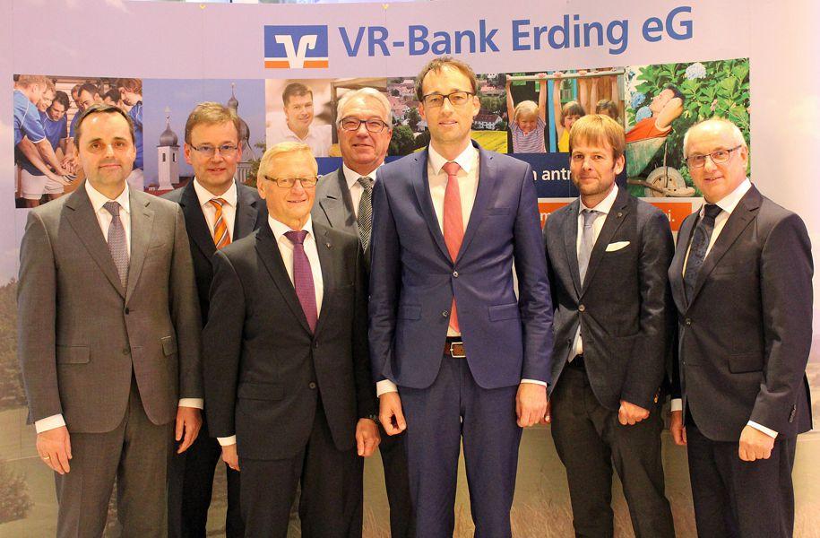 Ehrung Aufsichtsrat  VR-Bank Erding eG